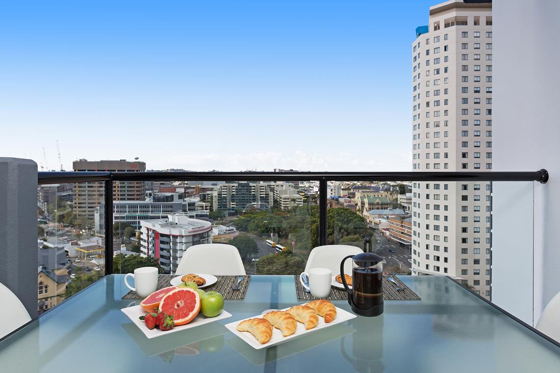 2 Bedroom, 1 Bathroom Apartments | Republic Brisbane